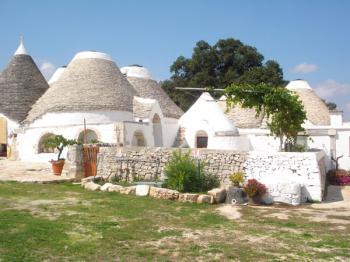 MASSERIA FERRI - Agriturismo Puglia di charme: presentazione e possibilita di prenotazione on line OSTUNI