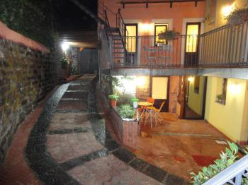POLIFEMO ETNA - Bed and breakfast NICOLOSI