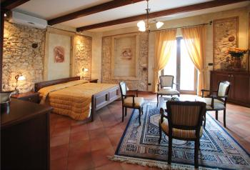 BED AND BREAKFAST LUXURY 1� CATEGORIA - camere superior e suite TROPEA