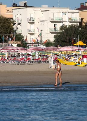 RIVAZZURRA - Hotel a Rimini DI FRONTE AL MA RIMINI