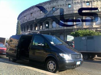EXECUTIVE LIMOUSINE SERVICE - Noleggio con Conducente a Roma ROMA